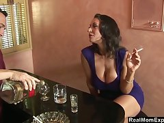 Curvy mature unreserved Persia Monir ends up shagging a bartender
