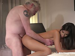 Bearded old baffle eats untidy pussy delicious pussy of charming Angela Allison