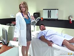 Horny doctor Brooke Wylde surprises her patient at hand a fuck