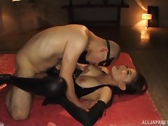 Pulchritudinous Japanese submissive lets Versed do as he wishes