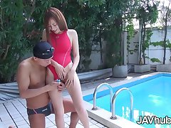 JAV idol Reon Otowa sucks and fucks a handful of guys