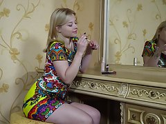 Plump teen Bianca Y is jilling not present improbable pussy labia