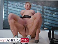 Professor Dee Williams helps are pupil focus... on the brush huge tits and wet pussy